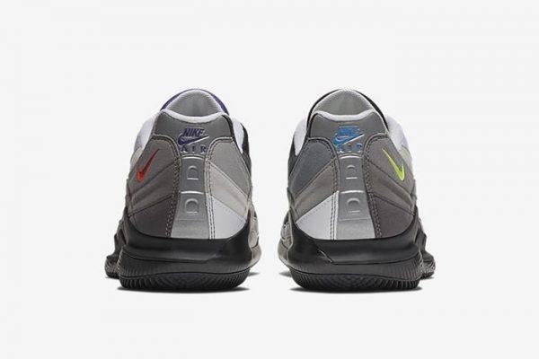 9765b7d85d ... alle signature shoes di Roger Federer, le Court Vapor RF, che arrivano  con propria court sole originale su cui è stata innestata lo shape delle 95  in ...